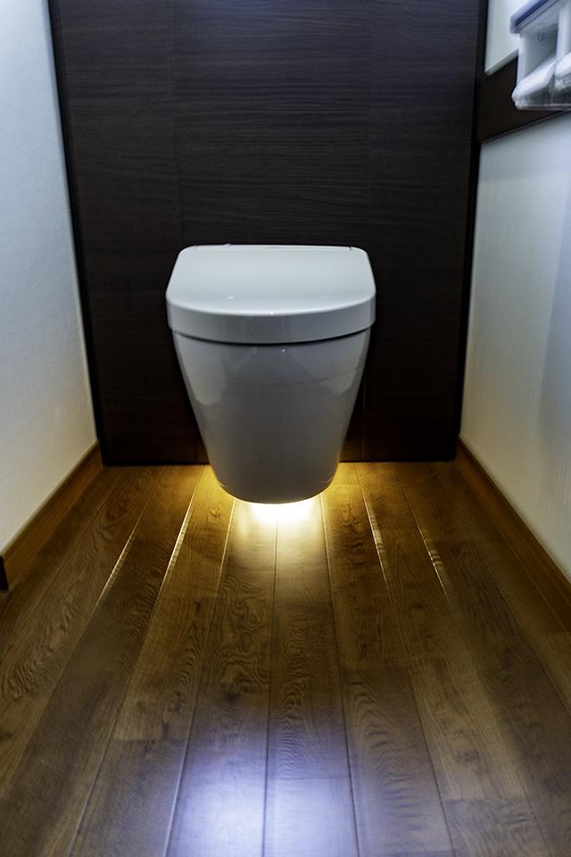 浮くトイレ高橋工務店